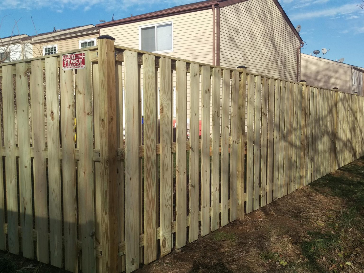 Frame Your Yard With An Attractive Fence